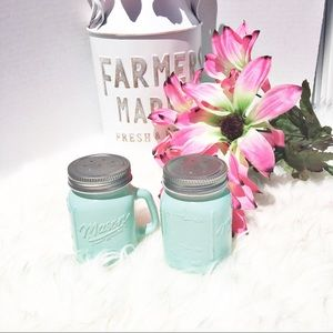 Other - 💐2/$25 Mason Jar Salt and Pepper Shakers